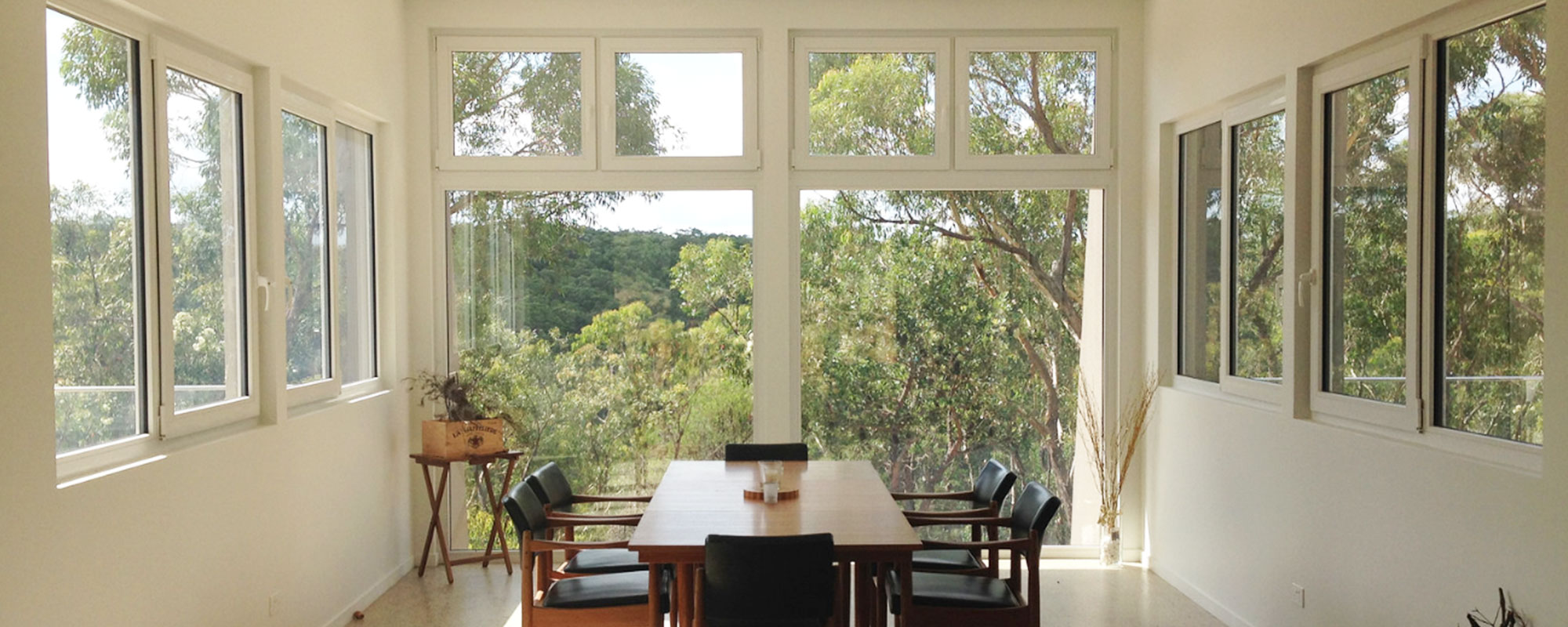 Plustec - Providing quality custom design and manufacturing of tilt and turn double-glazed windows for residential, commercial and industrial clients across Australia.